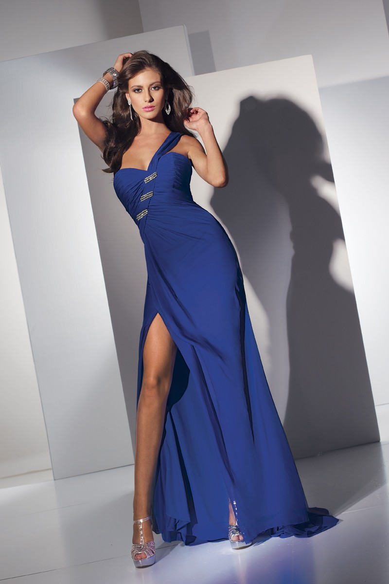Alyce Prom Dress Front 5426