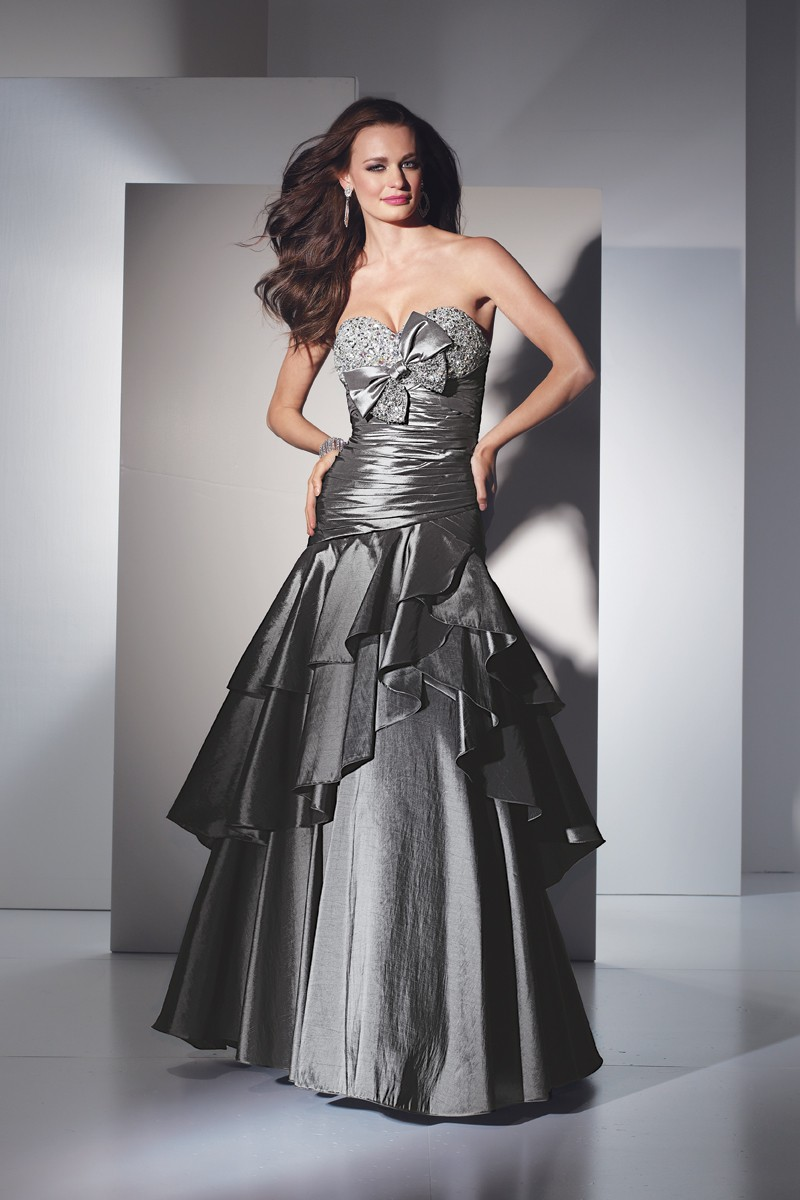 Alyce Prom Dress Front 5431