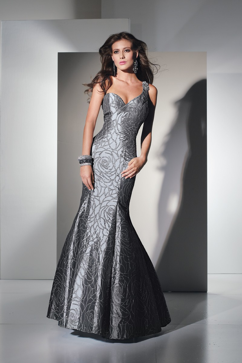 Alyce Prom Dress Front 5434